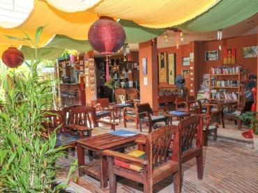 all in one guesthouse chiang mai