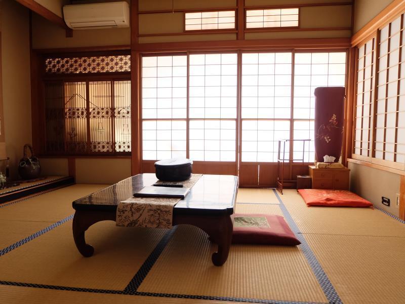 伊豆高原日之出屋旅館 Izukogen Hinodeya Ryokan