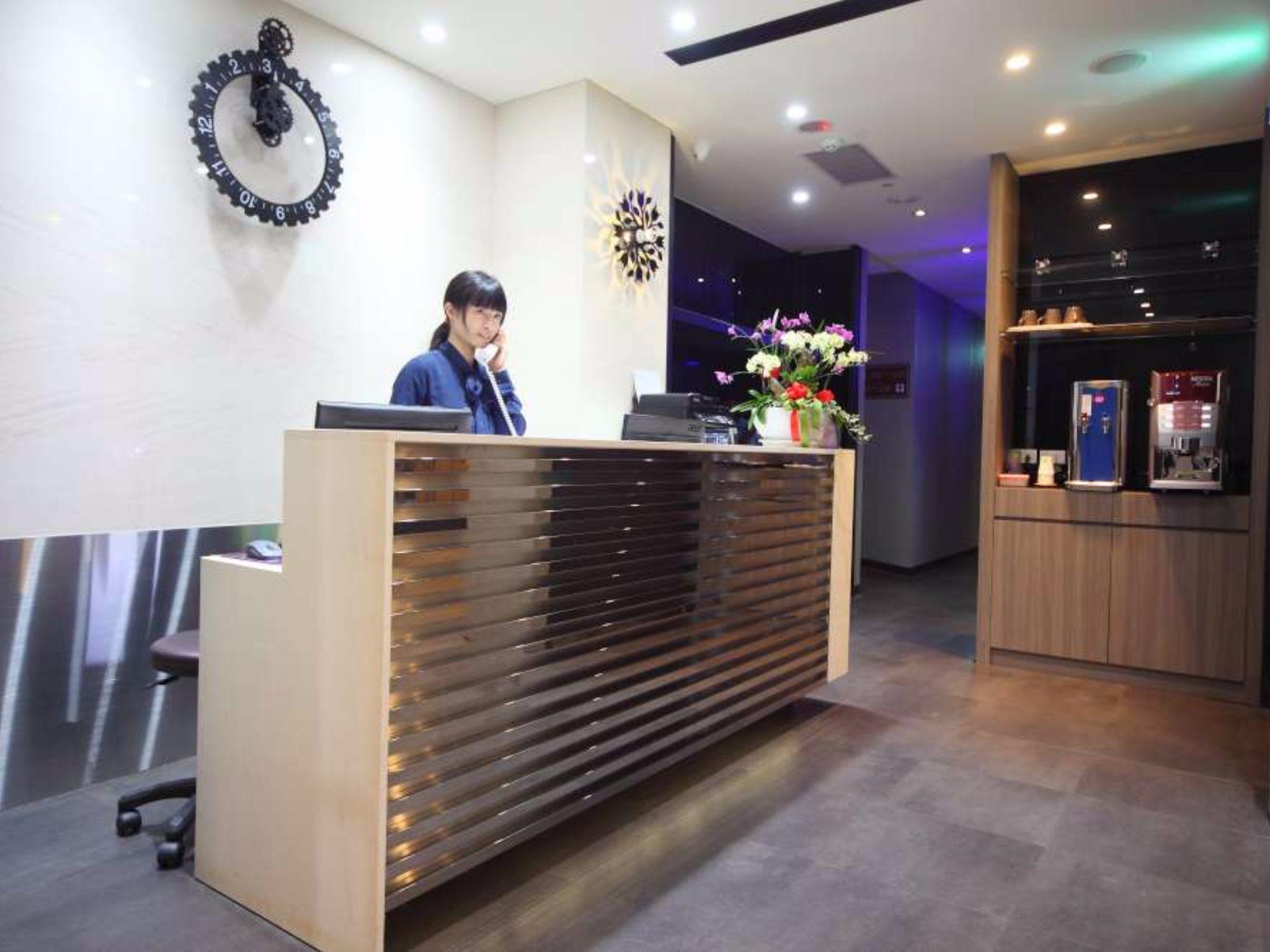 東驛商務旅館 E House Hotel