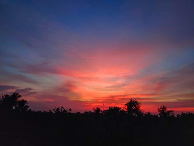 Breathtaking sunset on the horizon