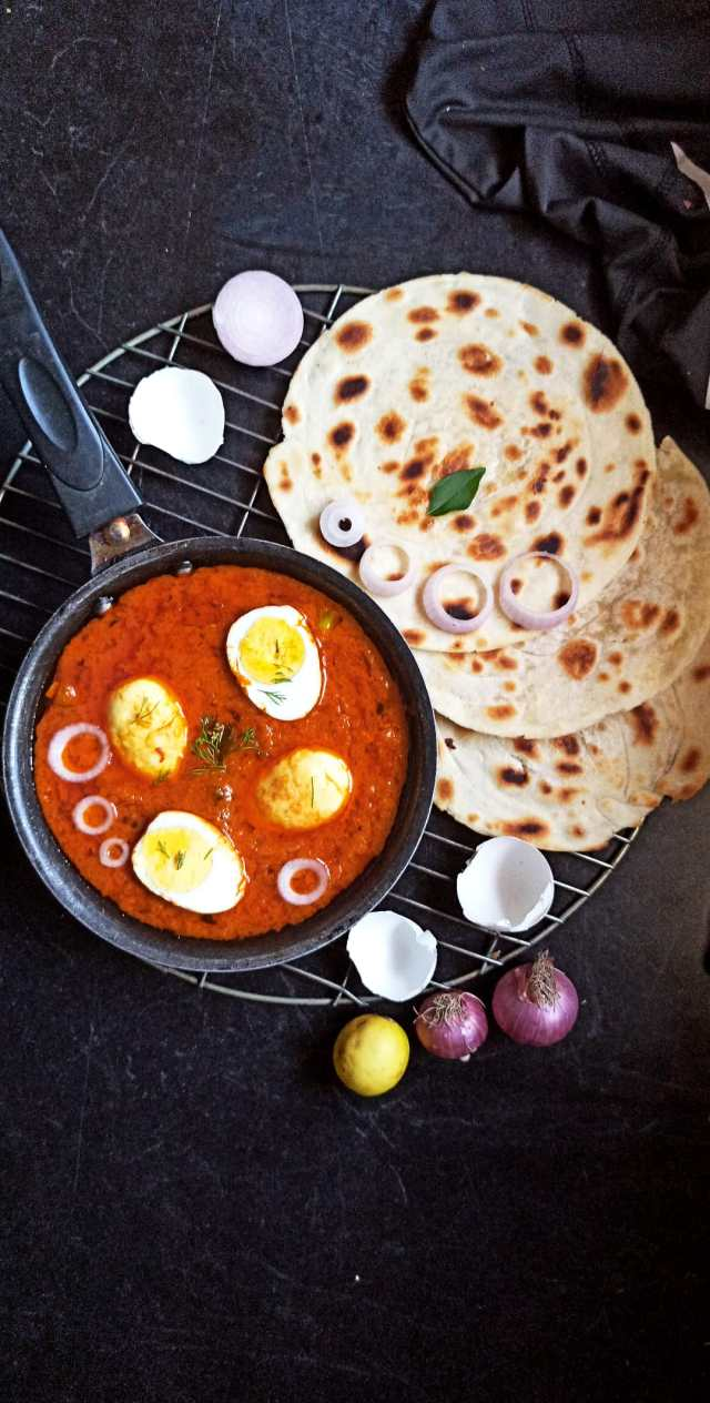 egg curry and parantha