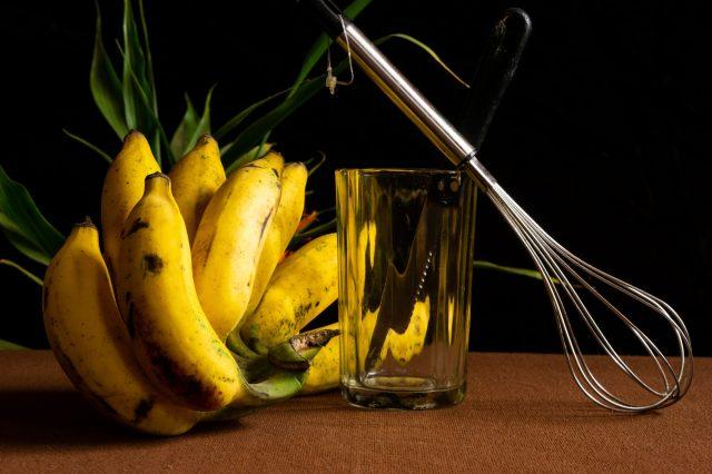 bananas, whisk, glass