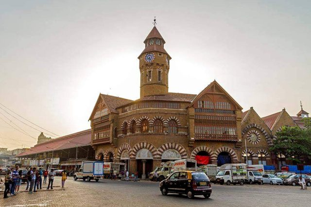 Crowford Market in Mumbai