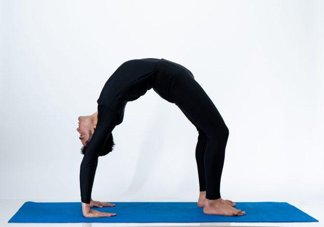 Urdhva dhanurasana (Wheel Pose)