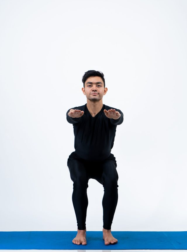 Utkatasana (Chair Pose)