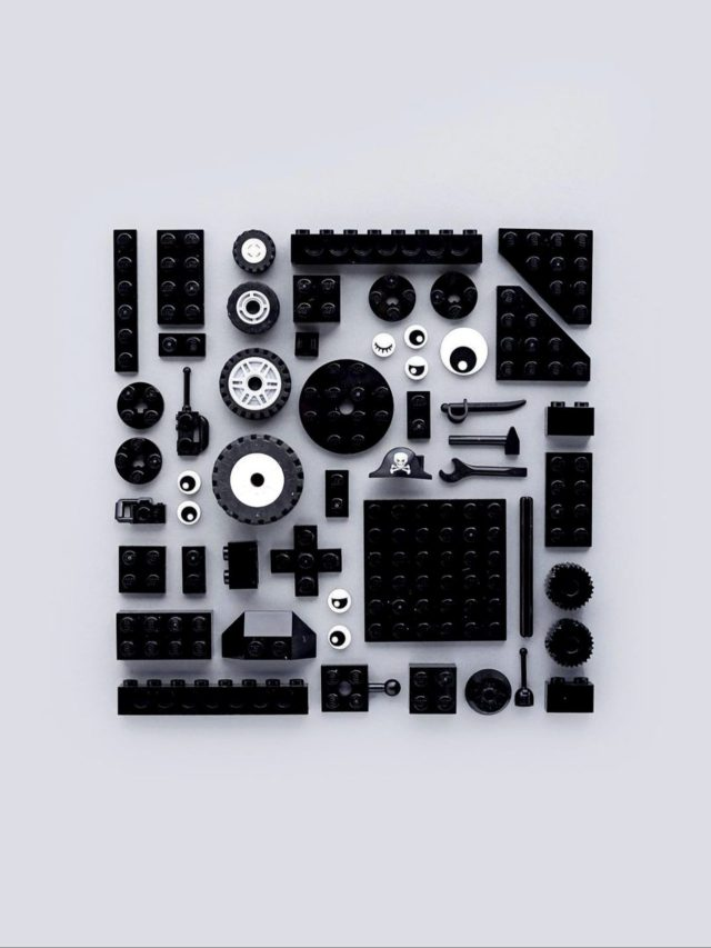 Parts arranged in square shape