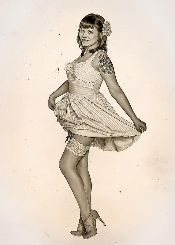 Poster Art, GUTSCHEIN, Dessous, Unterwäsche, Poster Art, Pin-Up, PnUp, Pin-Up Fotoshooting, Retro, Vintage, 50s, 50r, 60s, 60r, 70s, 70r, Oldschool, Bildbearbeitung, Porträt, Portrait, Tattoos, Sexy, Akt, Teilakt