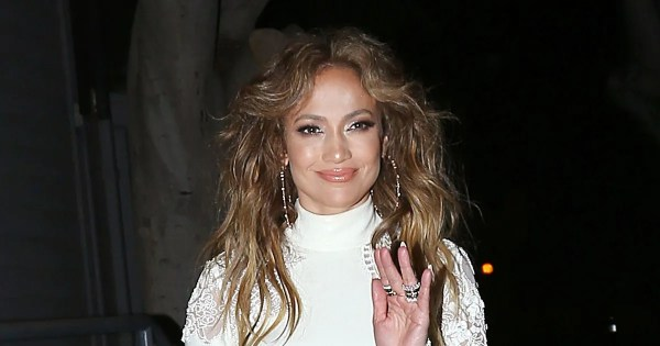 Jennifer Lopez Drops by Dos Caminos; Jake Gyllenhaal ...