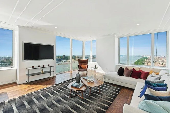 On The Market Apartment 50b A Two Bedroom For 10 000 Month Trump Place