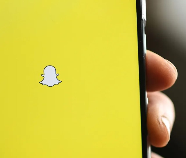 Social Media Scientists Uncover Creative Sexting Use For Snapchats Scissor Tool
