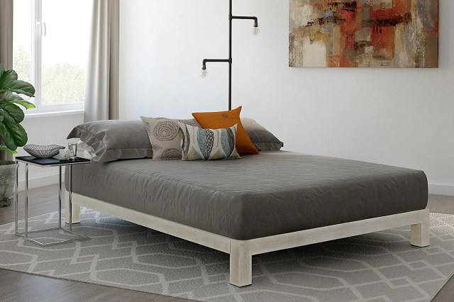 In Style Furnishings Stella Modern Metal Platform Bed Frame - Queen