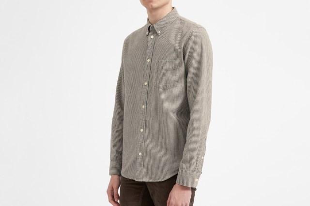 Everlane Chambray Slim Fit Shirt