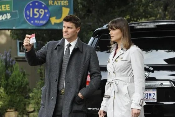 Bones Creator Hart Hanson on the Show's New Season, Booth and Brennan's Future Make-Outs