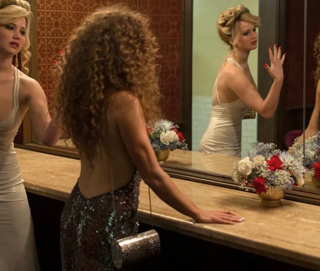 Amy Adams Claims She Didnt Use Boob Tape In American Hustle