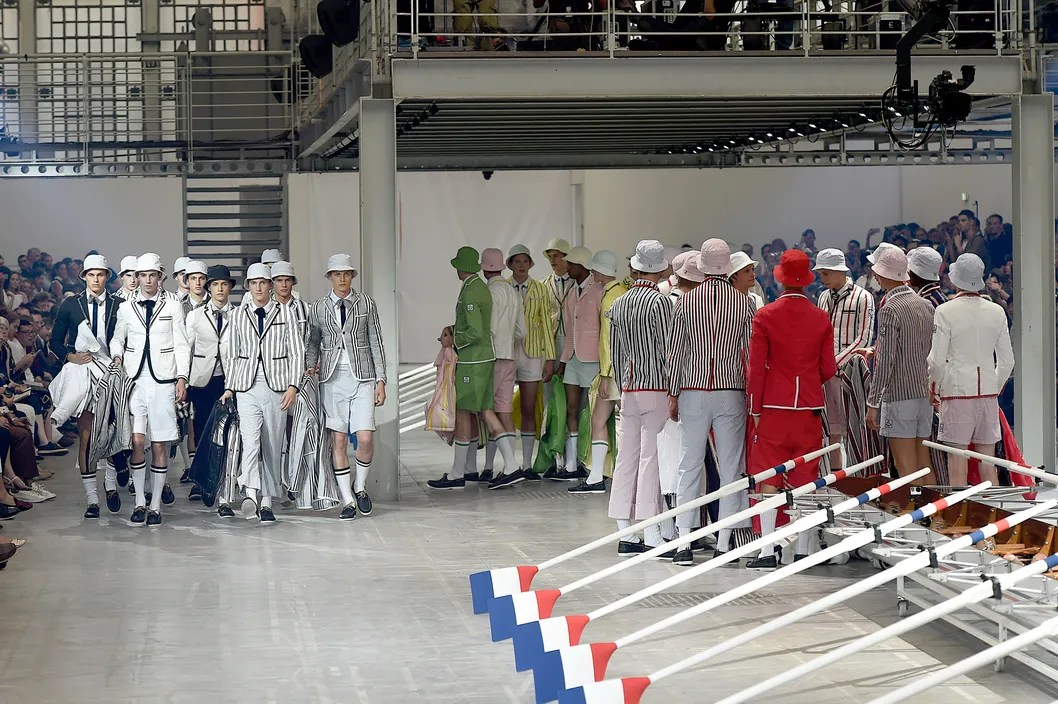 Moncler Gamme Bleu - Mens Spring 2016 Runway - Milan Menswear Fashion Week