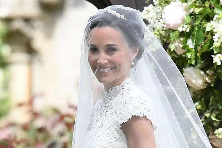 Pippa Middleton Is Married, And Here's Her Wedding Dress