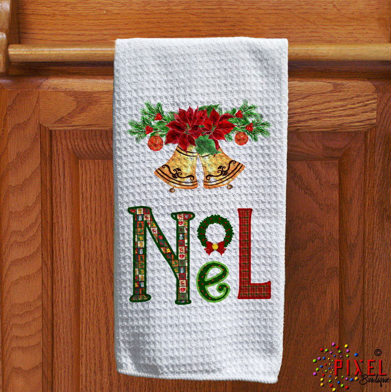 Noel-Towel-on-Holder