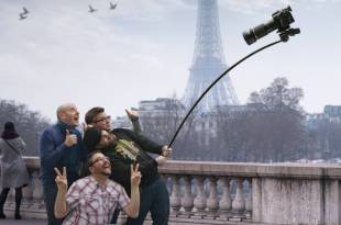 photography-hilarious-slefie-stick