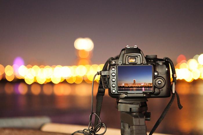 Kompakt-oder-Spiegelreflexkamera