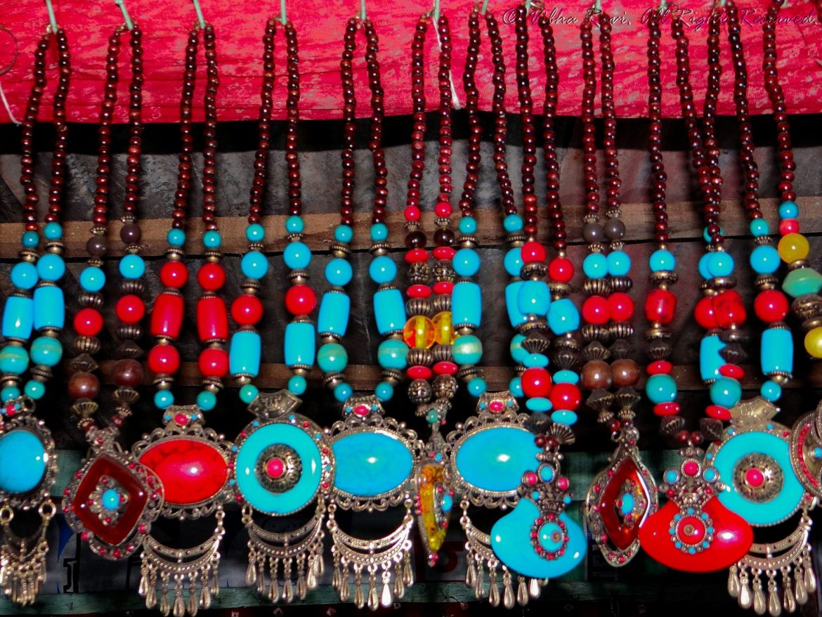 Indian bead or artificial jewelry