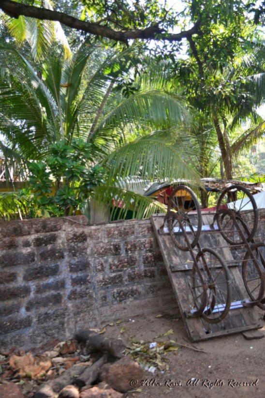 Handcart resting by the roadside in Deobag