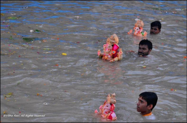 Ganapati visarjan or immersion in artificial lake Thane