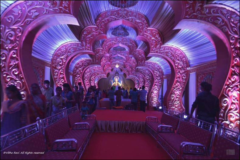 The pandal at Khewra Circle, Thane looks like an '80s movie set