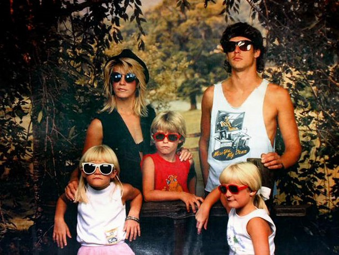 Weird Family Portraits Fun