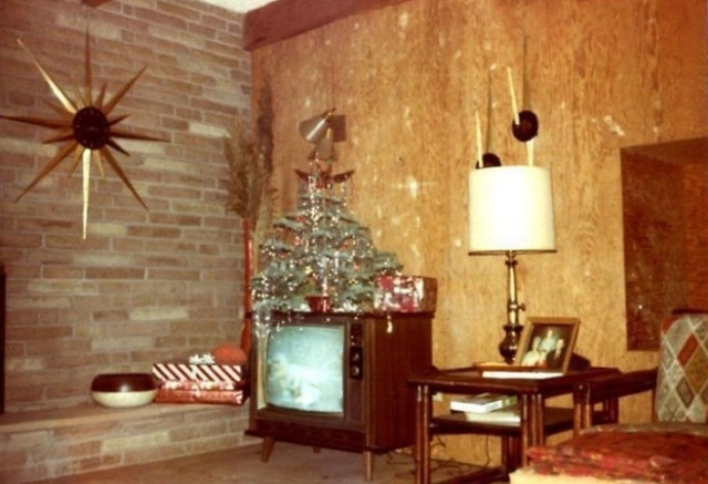 Photos Of Christmas Home Decor In The 1950s And 1960s Others
