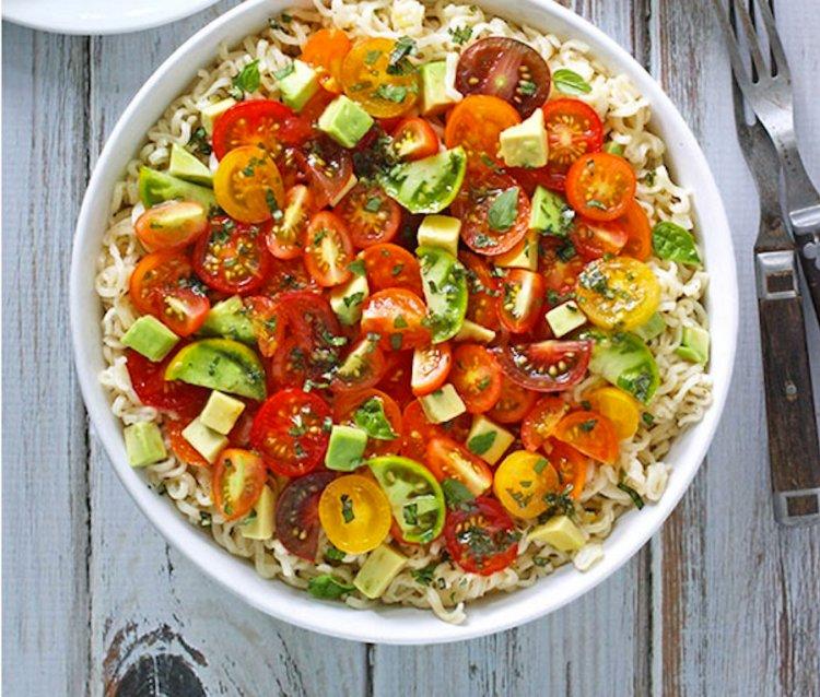 avocado cherry tomato ramen noodle bowl salad