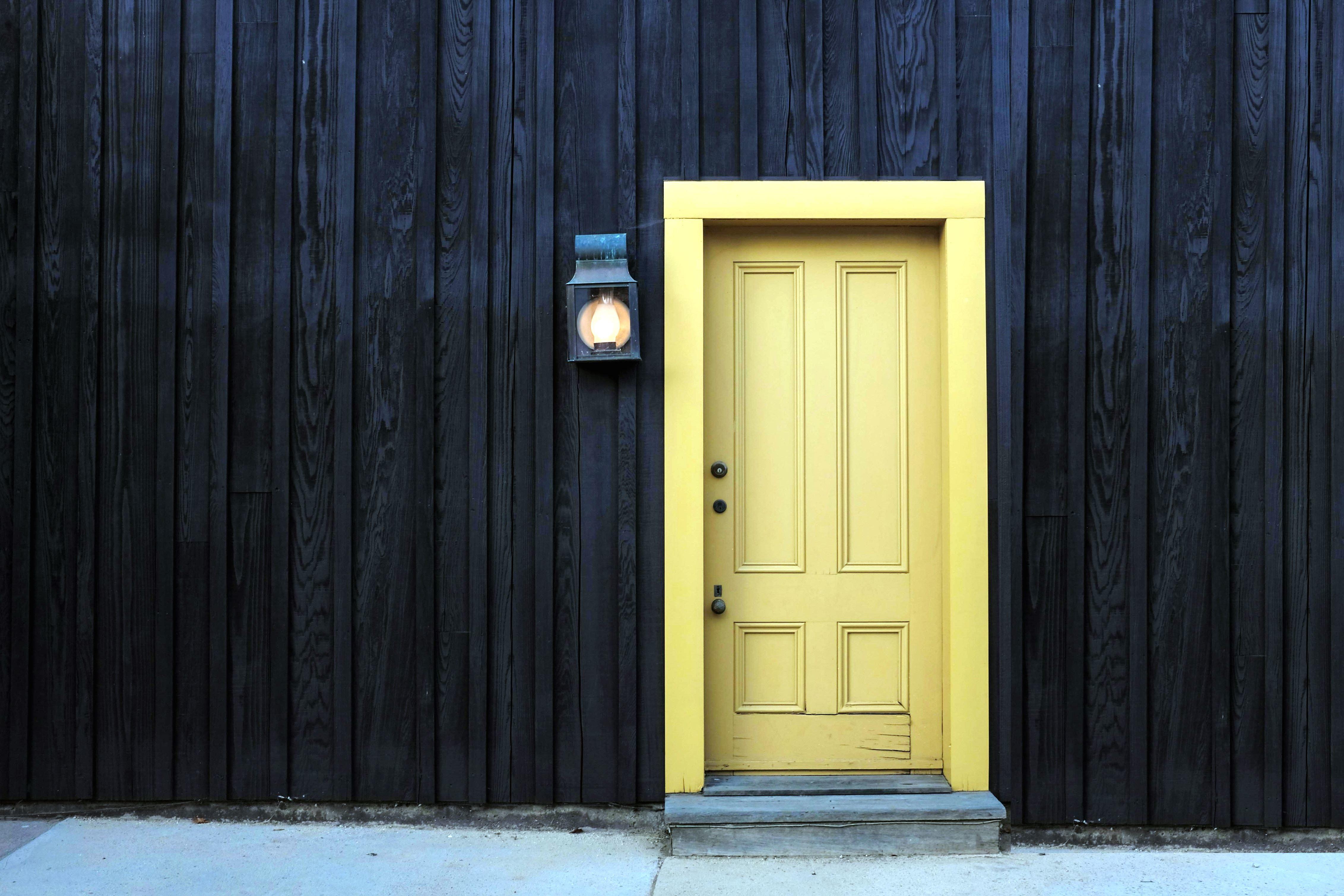 Imagen Gratis Casa De Madera Puerta De Entrada L 225 Mpara