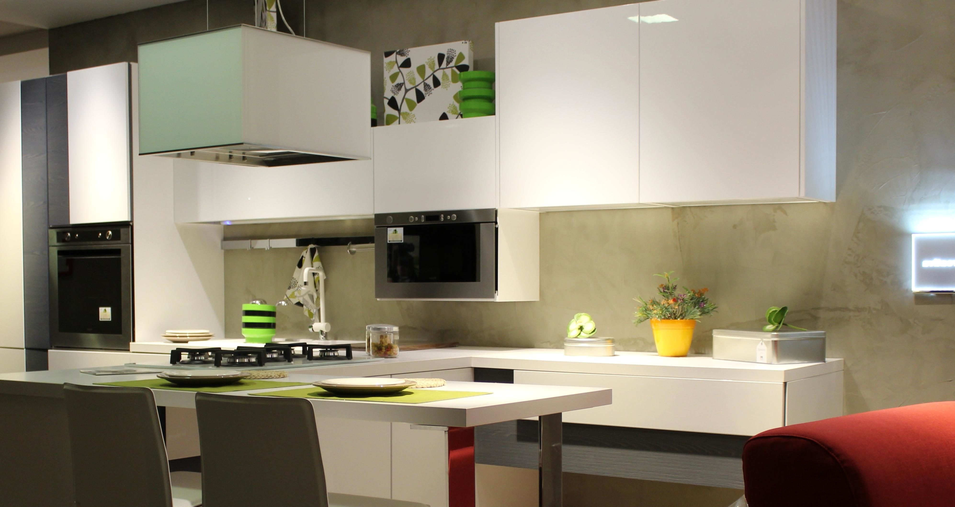 Room And Kitchen Design
