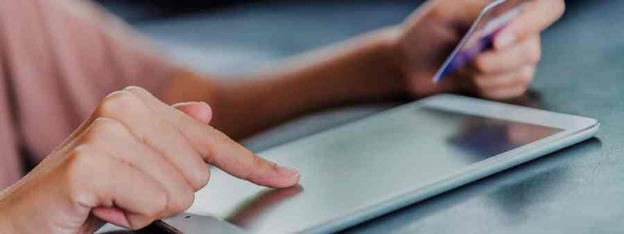 PixoLabo - Mobile-First E-Commerce Design