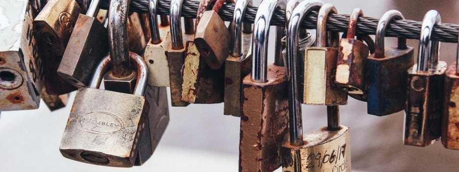 PixoLabo - 9 Essential WordPress Security Tips