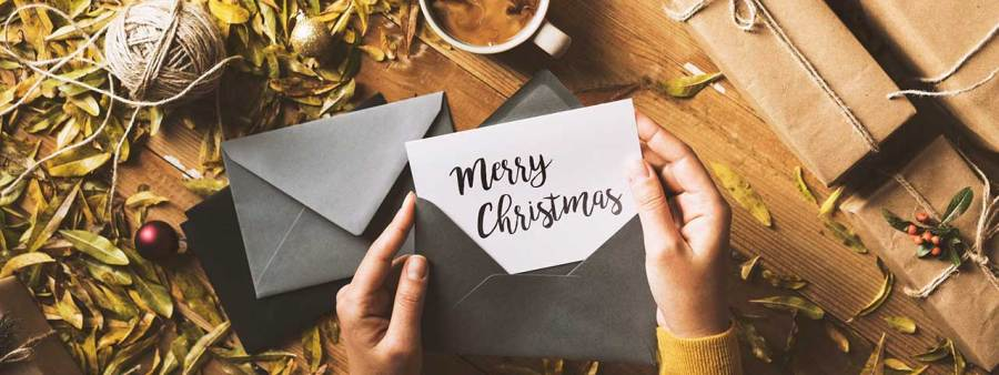 PixoLabo - Small Business Holiday Marketing Tips - Send Cards