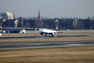 Sehr besonderer Flugzeugtyp! Seit einem Jahr im Linienbetrieb ein Airbus A320 mit Sharklets das sind die hochgebogenen Flügelenden