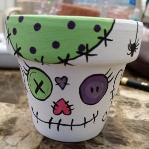 A random-stitchy pot!