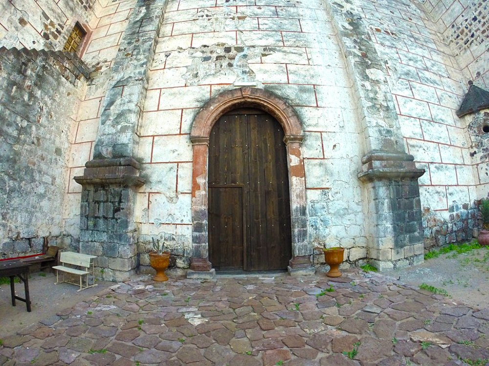 The north/side door of the mission.