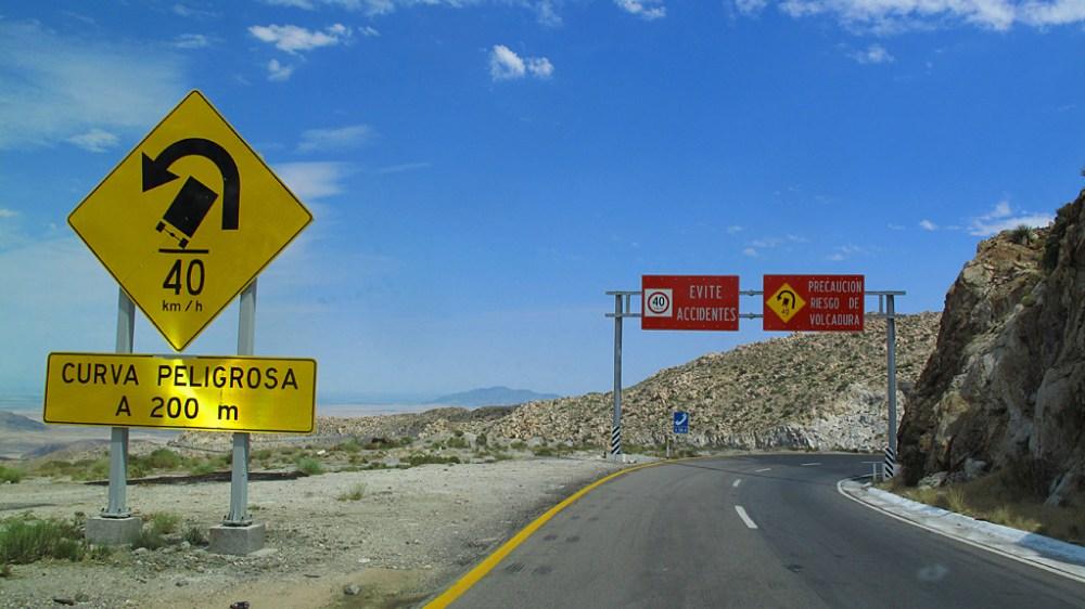 Eastbound lanes of Mexico Highway 2 near La Rumorosa.