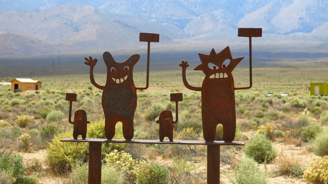 While driving north on CA-395, we stopped to see the Olancha Art Stuff - this piece apparently inspired by The Simpsons.