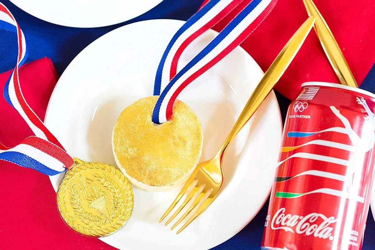 Mini Gold Medal Cakes!