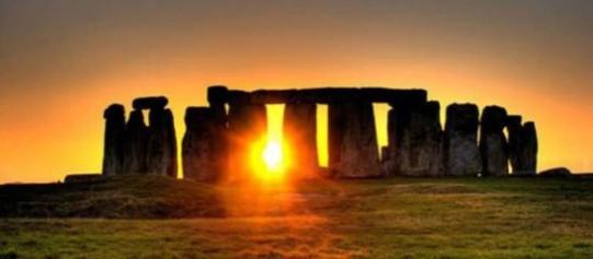 immagine-del-complesso-di-stonehenge_416179