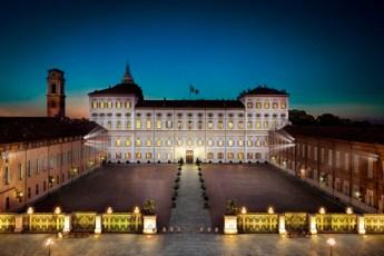 Palazzo_Reale_notturna