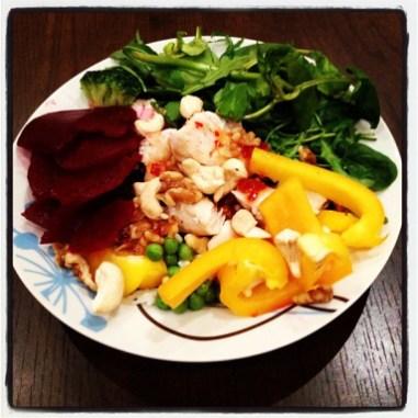 Salat með cashew hnetum og kjúlla