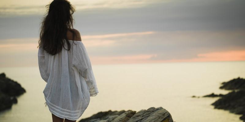 woman-contemplating6