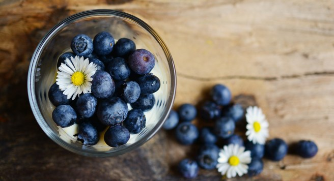 daisies and blueberries