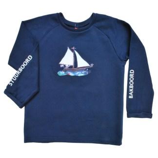 Organic kindersweater met zeilbootje