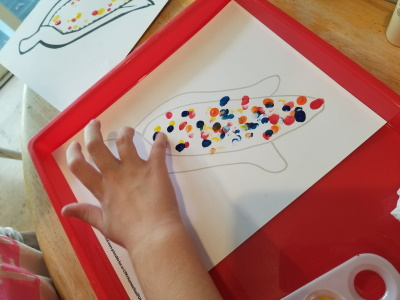 For fingerpainting fall crafts try this Easy Indian Corn Craft