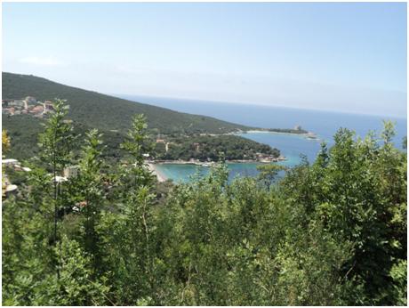 Pogled na plažu Žanjic sa staze