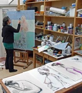 Hanny Sprangers in atelier